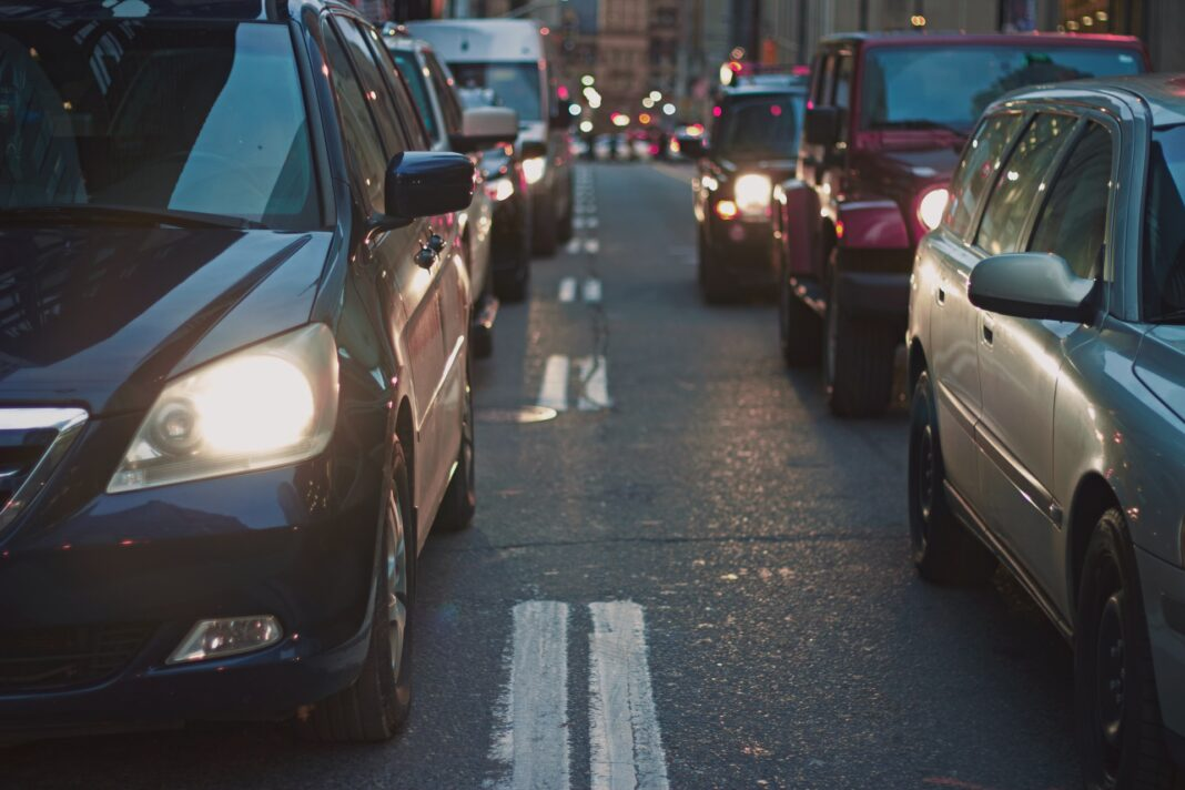 5 Safety Tips for Driving in a Busy City