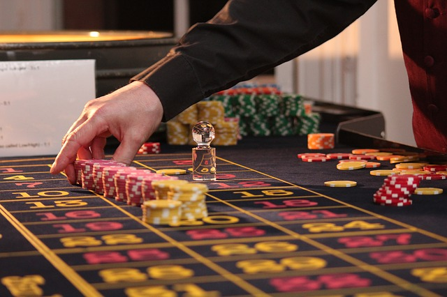 What makes online baccarat interesting?